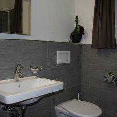 Отель Aladin Appartments St.Moritz Швейцария, Санкт-Мориц - отзывы, цены и фото номеров - забронировать отель Aladin Appartments St.Moritz онлайн ванная фото 2