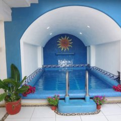 Hotel Victoria бассейн