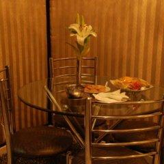 Отель Shanti Palace Индия, Нью-Дели - отзывы, цены и фото номеров - забронировать отель Shanti Palace онлайн удобства в номере