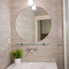 Отель Apartamentos Puerta Del Sol - Plaza Mayor Испания, Мадрид - отзывы, цены и фото номеров - забронировать отель Apartamentos Puerta Del Sol - Plaza Mayor онлайн ванная