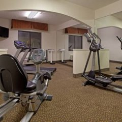 Holiday Inn Express Hotel & Suites Greenville Airport фитнесс-зал фото 4