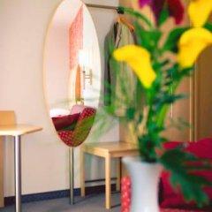 Отель Strandhotel Alte Donau Австрия, Вена - отзывы, цены и фото номеров - забронировать отель Strandhotel Alte Donau онлайн интерьер отеля фото 2