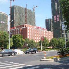 Отель Ibis Hangzhou Xiasha парковка