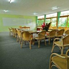 Отель Savusavu Hot Springs Hotel Фиджи, Савусаву - отзывы, цены и фото номеров - забронировать отель Savusavu Hot Springs Hotel онлайн питание фото 2