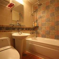 Отель Jongno Abueson Hotel Южная Корея, Сеул - отзывы, цены и фото номеров - забронировать отель Jongno Abueson Hotel онлайн ванная