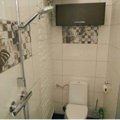 Отель Apartament Katowice Nikiszowiec Хожув ванная