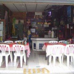 Отель Na na chart Phuket питание