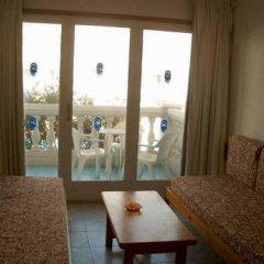 Отель RVHotels Apartamentos Lotus Испания, Бланес - отзывы, цены и фото номеров - забронировать отель RVHotels Apartamentos Lotus онлайн комната для гостей фото 5