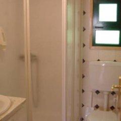 Отель Ericeira Camping & Bungalows ванная