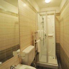 Отель Old House 1980 Болгария, Банско - отзывы, цены и фото номеров - забронировать отель Old House 1980 онлайн ванная