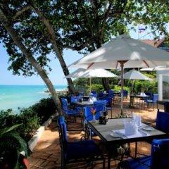 Отель The Royal Phuket Yacht Club питание фото 2