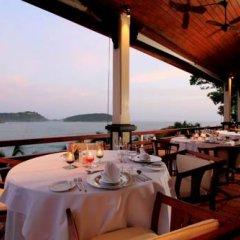 Отель The Royal Phuket Yacht Club питание фото 3