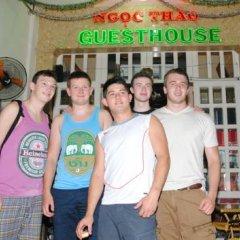 Отель Ngoc Thao Guest House Вьетнам, Хошимин - отзывы, цены и фото номеров - забронировать отель Ngoc Thao Guest House онлайн спортивное сооружение