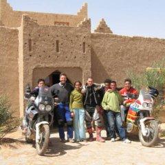 Отель Riad Les Flamants Roses Марокко, Мерзуга - отзывы, цены и фото номеров - забронировать отель Riad Les Flamants Roses онлайн спортивное сооружение
