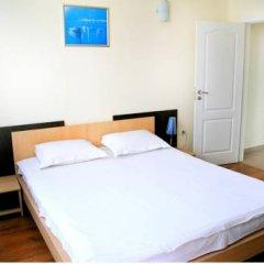 Отель Favorit Aparthotel Солнечный берег комната для гостей