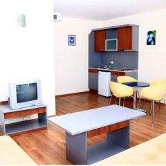 Отель Favorit Aparthotel Солнечный берег в номере фото 2
