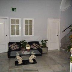 Отель Pensión San Martín Испания, Херес-де-ла-Фронтера - отзывы, цены и фото номеров - забронировать отель Pensión San Martín онлайн интерьер отеля