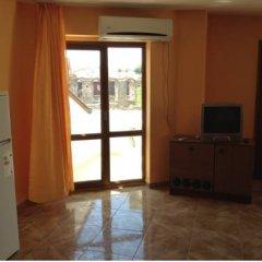 Апартаменты Tatjana Apartments Несебр комната для гостей фото 2