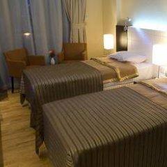 Отель Faras Al Sahra Hotel Apartment ОАЭ, Дубай - отзывы, цены и фото номеров - забронировать отель Faras Al Sahra Hotel Apartment онлайн комната для гостей фото 3