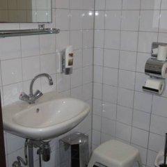 Отель Y Boulevard Нидерланды, Амстердам - отзывы, цены и фото номеров - забронировать отель Y Boulevard онлайн ванная фото 4