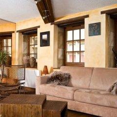 Отель Le Petit Tramassac Франция, Лион - отзывы, цены и фото номеров - забронировать отель Le Petit Tramassac онлайн комната для гостей фото 3