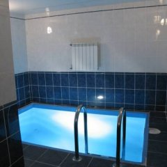 Aruchat Hotel бассейн