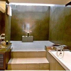 Отель Room Club The Bed Suite ванная