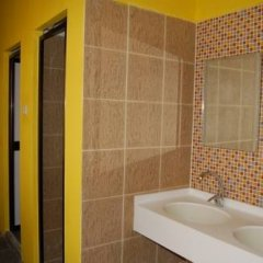 A Beary Good Hostel Сингапур ванная