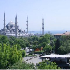 Esra Sultan Petrol Hotel балкон