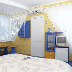 Гостиница Гурзуфские Зори в Гурзуфе отзывы, цены и фото номеров - забронировать гостиницу Гурзуфские Зори онлайн Гурзуф удобства в номере фото 2