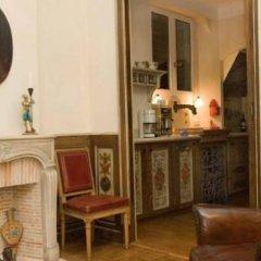 Отель Studios Paris Appartement Louis XIV Франция, Париж - отзывы, цены и фото номеров - забронировать отель Studios Paris Appartement Louis XIV онлайн удобства в номере
