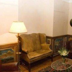 Отель Studios Paris Appartement Louis XIV Франция, Париж - отзывы, цены и фото номеров - забронировать отель Studios Paris Appartement Louis XIV онлайн комната для гостей фото 2