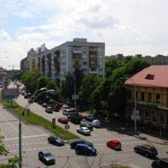 Апартаменты St Apartments On Druzhby Narodiv парковка
