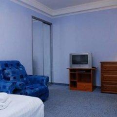 Апартаменты St Apartments On Druzhby Narodiv комната для гостей фото 5