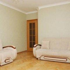 Апартаменты St Apartments On Druzhby Narodiv комната для гостей фото 4