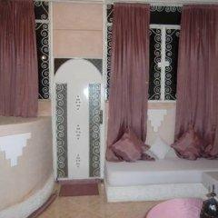 Отель Dar Loubna Марокко, Уарзазат - отзывы, цены и фото номеров - забронировать отель Dar Loubna онлайн комната для гостей фото 4