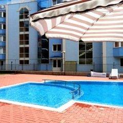 Апартаменты Menada Sunset Beach Apartment Солнечный берег бассейн фото 2