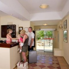 Апартаменты Ourania Apartments интерьер отеля фото 3
