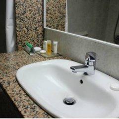 Отель Venus Beach Hotel Кипр, Пафос - 3 отзыва об отеле, цены и фото номеров - забронировать отель Venus Beach Hotel онлайн ванная фото 2