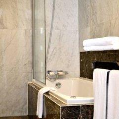 Отель Torres Forum Plus Португалия, Фуншал - отзывы, цены и фото номеров - забронировать отель Torres Forum Plus онлайн ванная фото 2