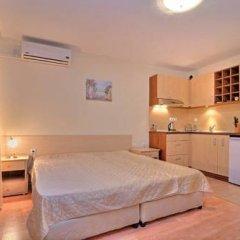 Отель PMG Nessebar Fort Apartments Болгария, Солнечный берег - отзывы, цены и фото номеров - забронировать отель PMG Nessebar Fort Apartments онлайн комната для гостей фото 5