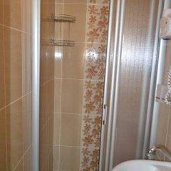 Second Home Hostel ванная