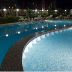 Отель Sunny House Apart Hotel Болгария, Солнечный берег - отзывы, цены и фото номеров - забронировать отель Sunny House Apart Hotel онлайн бассейн фото 3