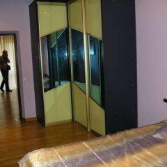 Апартаменты Избушка комната для гостей фото 2
