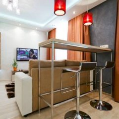 Гостиница Minsklux Apartment 2 Беларусь, Минск - отзывы, цены и фото номеров - забронировать гостиницу Minsklux Apartment 2 онлайн гостиничный бар