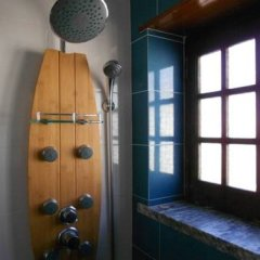 Surfing Inn Peniche - Hostel ванная