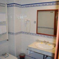 Hotel Puerta Guadalajara ванная