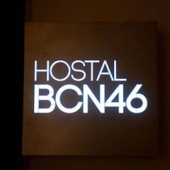 Отель Hostal Bcn 46 гостиничный бар