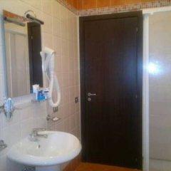 Отель Fluminia Сарно ванная