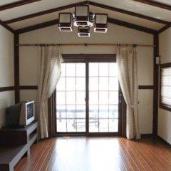 Отель Nikomiko Pension Южная Корея, Пхёнчан - отзывы, цены и фото номеров - забронировать отель Nikomiko Pension онлайн комната для гостей фото 2
